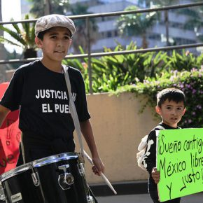 Child migrants also flee political crises, too. Mexican kids protesting against the kidnapping of 43 Iguala students. Los Angeles, September 2014.